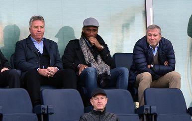 Guus Hiddink, Didider Drogba i Roman Abramovič (Foto: Darren Walsh/Press Association/PIXSELL)
