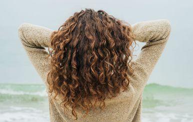 Smeđa kosa