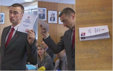 Vukovarski gradonačelnik Ivan Penava bacio Statut Grada napisan na ćirilici (Foto: Dnevnik.hr)