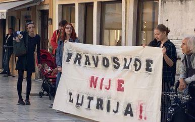 Prosvjed Pravda za djevojčice u Zadru (Foto: Dnevnik.hr) - 5