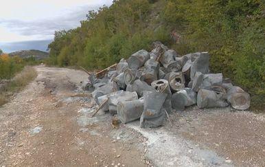 Bačve s otrovnim otpadom (Foto: Dnevnik.hr) - 1