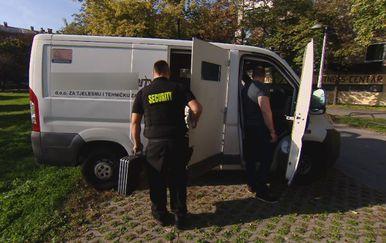 Osiguranje novca (Foto: Dnevnik.hr) - 1