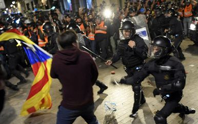Prosvjedi u Barceloni (Foto: AFP)