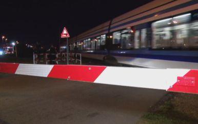 Prolazak vlaka (Foto: Dnevnik.hr)
