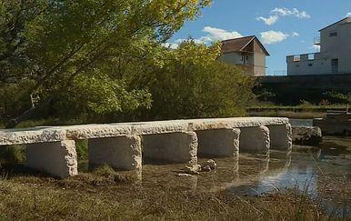 Pločasti most na Cetini - 1