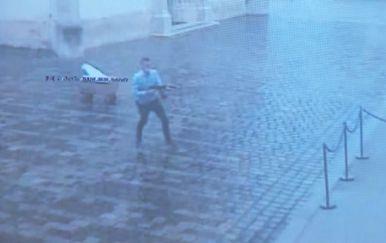 Napadač na Banske dvore koji je teško ranio policajca
