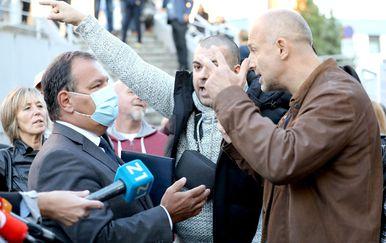Prosvjed na Rebru zbog uvođenja COVID potvrda - 1
