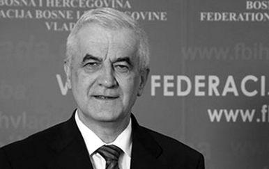 Preminuo Vjekoslav Mandić
