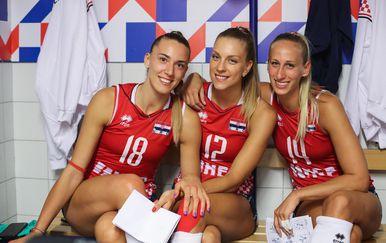 Karla Klarić (lijevo)