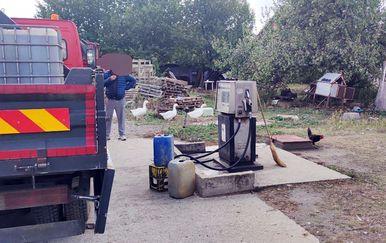 Ilegalna benzinska postaja u Zemunu - 2
