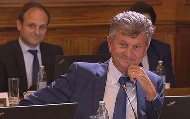 Milan Kujundžić na sjednici Vlade u Puli (Foto: Dnevnik.hr)