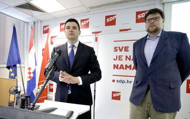 Davor Bernardić i Peđa Grbin (Foto: Patrik Macek/PIXSELL)