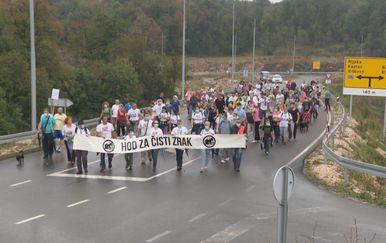 Održan Hod za čisti zrak od središta Viškova do Marišćine (Foto: Dnevnik.hr) - 1