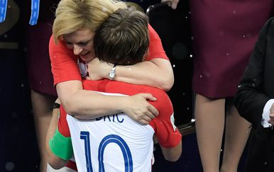 Arhiva, Kolinda Grabar-Kitarović i Luka Modrić na Svjetskom prvenstvu (Foto: AFP)