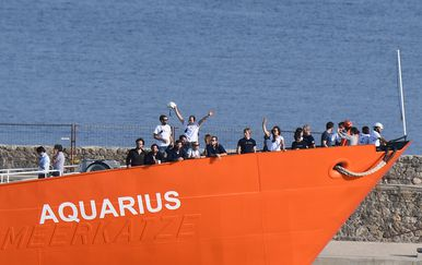 Brod Aquarius s migrantima (Foto: AFP)