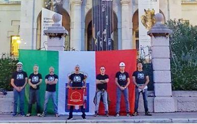 Na Guvernerovoj palači osvanula talijanska zastava (Foto: Dnevnik.hr/Cristiano Puglisi)