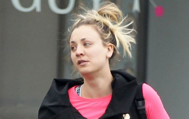 Dokazi da i slavne žene imaju \'bad hair day\' - 8