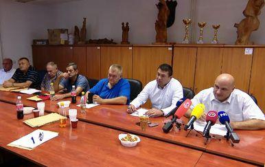 HVIDRA traži utvrđivanje kaznene odgovornosti Pupovca (Foto: Dnevnik.hr)