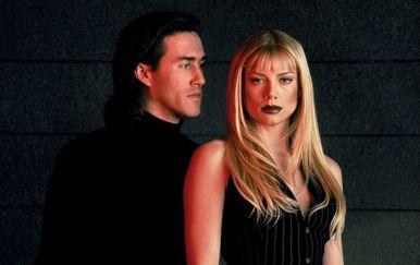 Roy Dupuis (Michael) i Peta Wilson (Nikita)