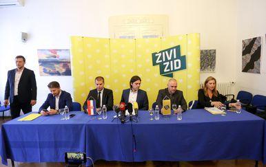 Novinska konferencija Živog zida o ispitivanju porijekla imovine (Foto: Borna Filic/PIXSELL) - 2