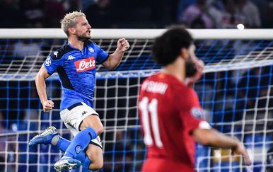Mertens slavi pogodak protiv Liverpoola (Foto: AFP)