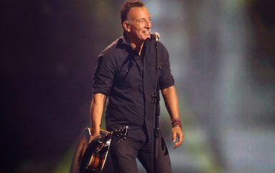 Bruce Springsteen (71)