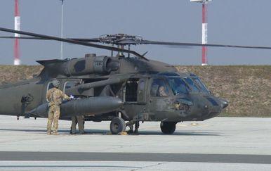 Helikopter na pisti (Foto: Dnevnik.hr)