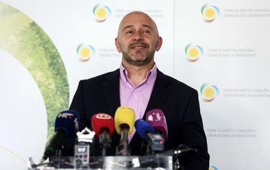 Dubravko Ponoš dao mandat na raspolaganje (Foto: Marin Tironi/PIXSELL) - 2