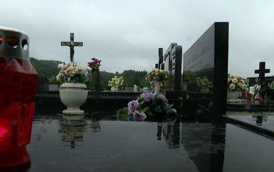 Ne mogu u Sloveniju na groblje - 3