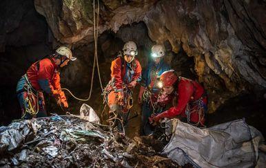 Čišćenje Mikića jame