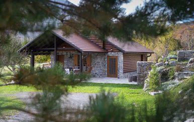 Kamena kuća, Gospić - 1