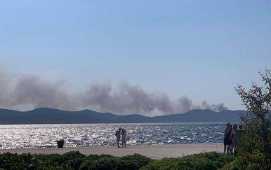 Požar u blizini Psihijatrijske bolnice na Ugljanu - 2