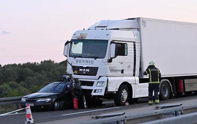 Nesreća na autocesti A1, poginulo dijete - 1