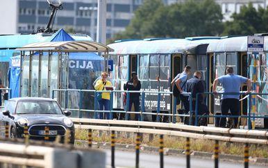 U tramvaju na Mostu mladosti pronađeno mrtvo tijelo muškarca - 2