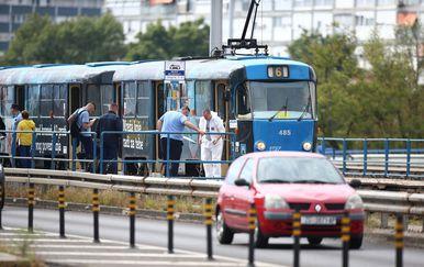 U tramvaju na Mostu mladosti pronađeno mrtvo tijelo muškarca - 10