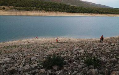 Potraga za nestalim mladićem na Perućkom jezeru - 2