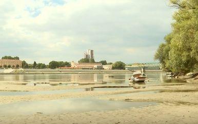 Nizak vodostaj Drave kod Osijeka - 2