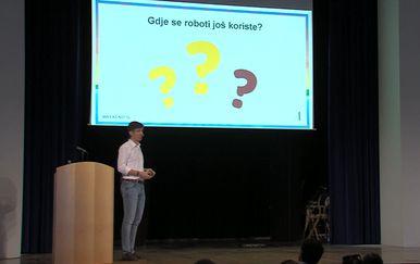 Predavanje o robotima