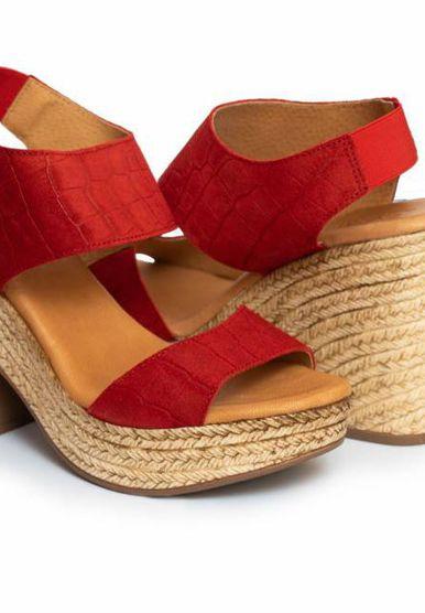 Novi modeli sandala iz Borova s visokom potpeticom i ravnim đonom - 9