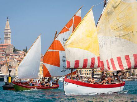 Regata tradicijskih barki - 2