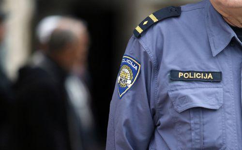 službenik za upoznavanje policajaca primjer pozdrava za web stranice za upoznavanja