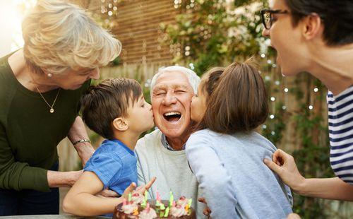 Druženje starijih roditelja