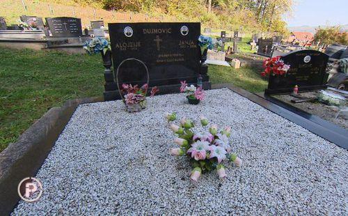 Jedan grob, misteriozno tijelo i slučaj koji traje desetljeće: U grobu u  kojem je pokopao oca pronašao ostatke nepoznatog muškarca