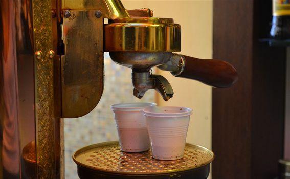 Kava za van u Rimu