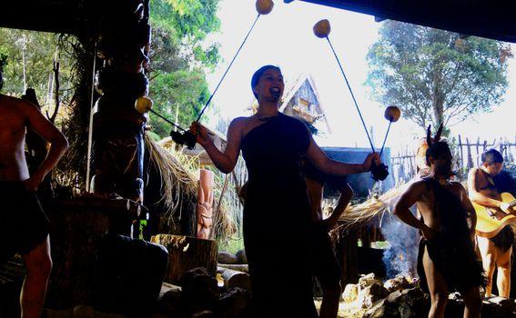 Poi ples izmislili su Maori