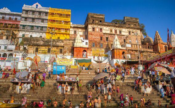 Rijeka Ganges u Varanasiju je iznimno važna