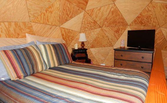Kućica u obliku gljive u Kaliforniji na Airbnb-u - 1