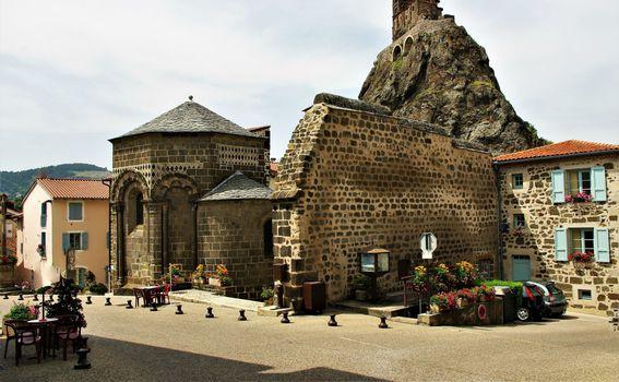 Crkva Saint-Michel d\'Aiguilhe, Francuska - 1