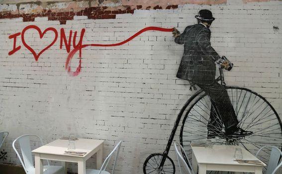 Fotografija Marijane Marinović sa izložbe 'NYC Četiri godišnja doba…i nešto crveno'