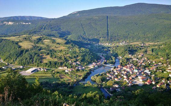 Nacionalni park Una u BiH - Kulen Vakuf, pogled sa starog grada Ostrovica (Foto: Branimir Vorša) - 4